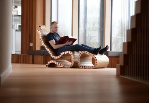 """""""Spyndi"""" – lietuviai pristatė inovatyvų sprendimą pasaulinei baldų gamybai"""