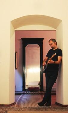 """Martynas Kuliavas su grupe iš Didžiosios Britanijos Lietuvai dovanos koncertus """"Netikėti prisilietimai"""""""