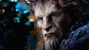"Kino filmo ""Beauty and the beast"" kadras"